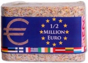 Eine halbe Million Euro in kleinen Scheinen als Geschenkidee